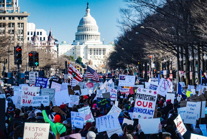 Protestors march to the U.S. Capitol on Jan. 6, 2021.